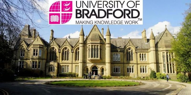 University of Bradford Undergraduate Bursary Scheme,UK 2019-2020
