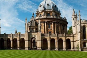 Reach Oxford Undergraduate Scholarships 2020/2021 for international Students (Deadline: 15 October 2019 )