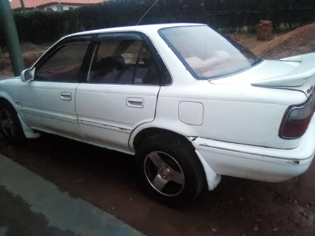 Imodoka Toyota Corolla Super Limited igurishwa 1,500,000frw (Negotiable)