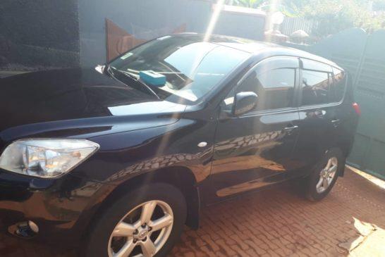 Imodoka Toyota Rav 4 Igurishwa 15,000,000frw
