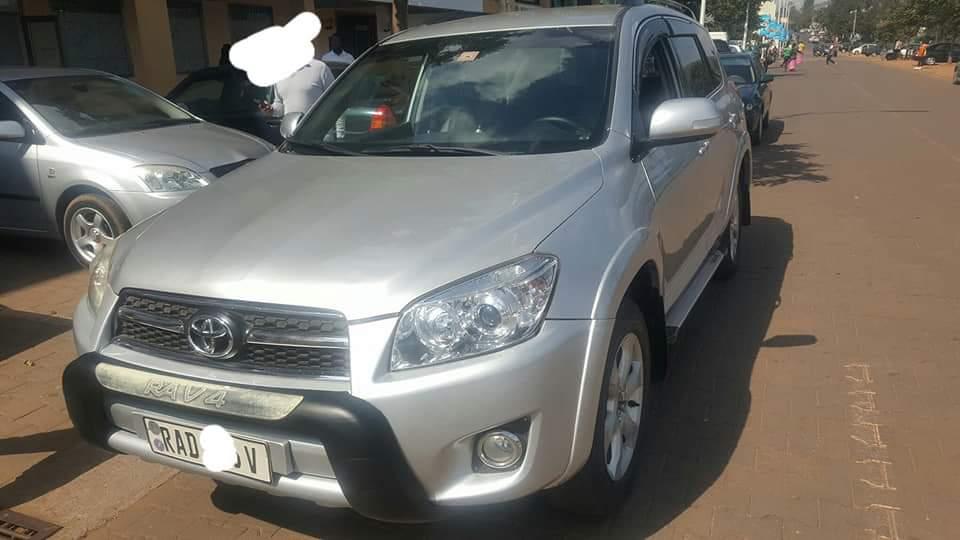Car for sale Toyota rav 4, price: 11,500,000Frw