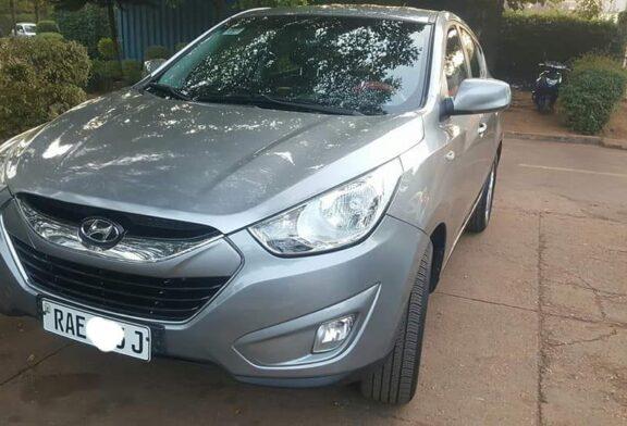 Hyundai Tucson automatic full option 2010 for sale, price: 15,000,000Frw