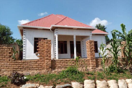 House for Sale; Kabuga, Rugende ku mafarashi. Price: 19,000,000frw