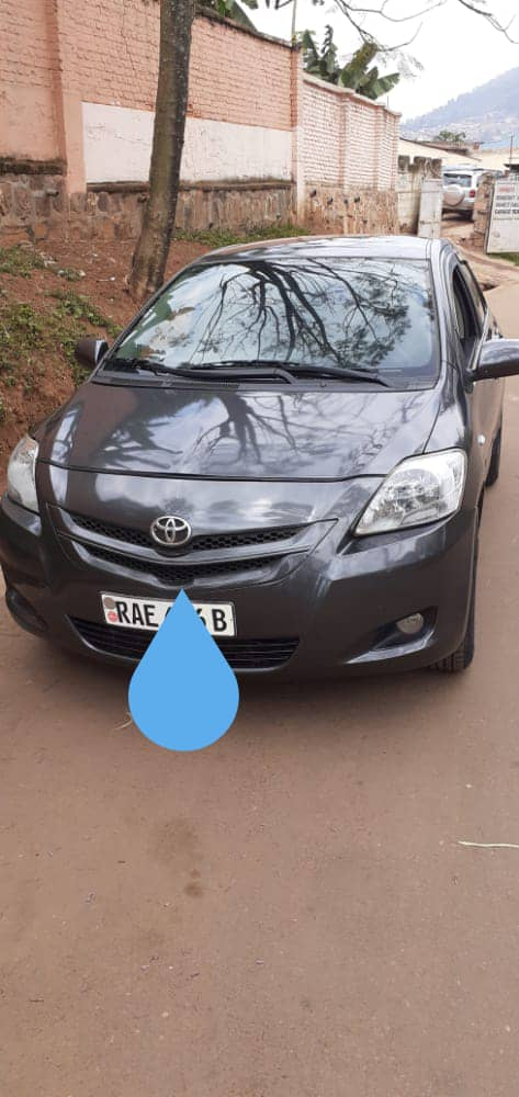 Toyota Yalis for Sale ; Price : 7,000,000Frw