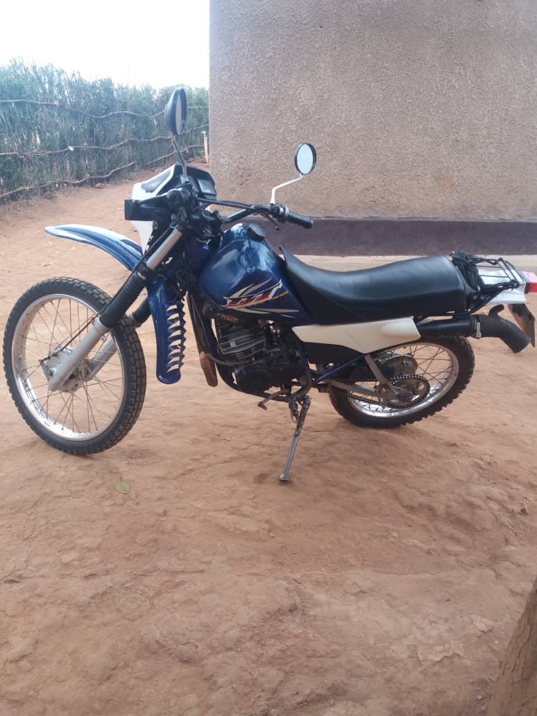 DT super trail motorcycle for Sale; Price : 1,000,000Frw