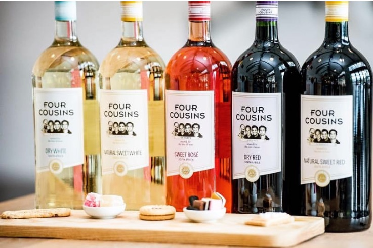 Four cousin's Sweet Red / White Wine 1,5L Red,  White Price : 20,000 Rwf, Free Delivery