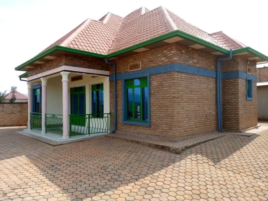 House for sell, Kabuga rugende, Price: 33 Rwf Million