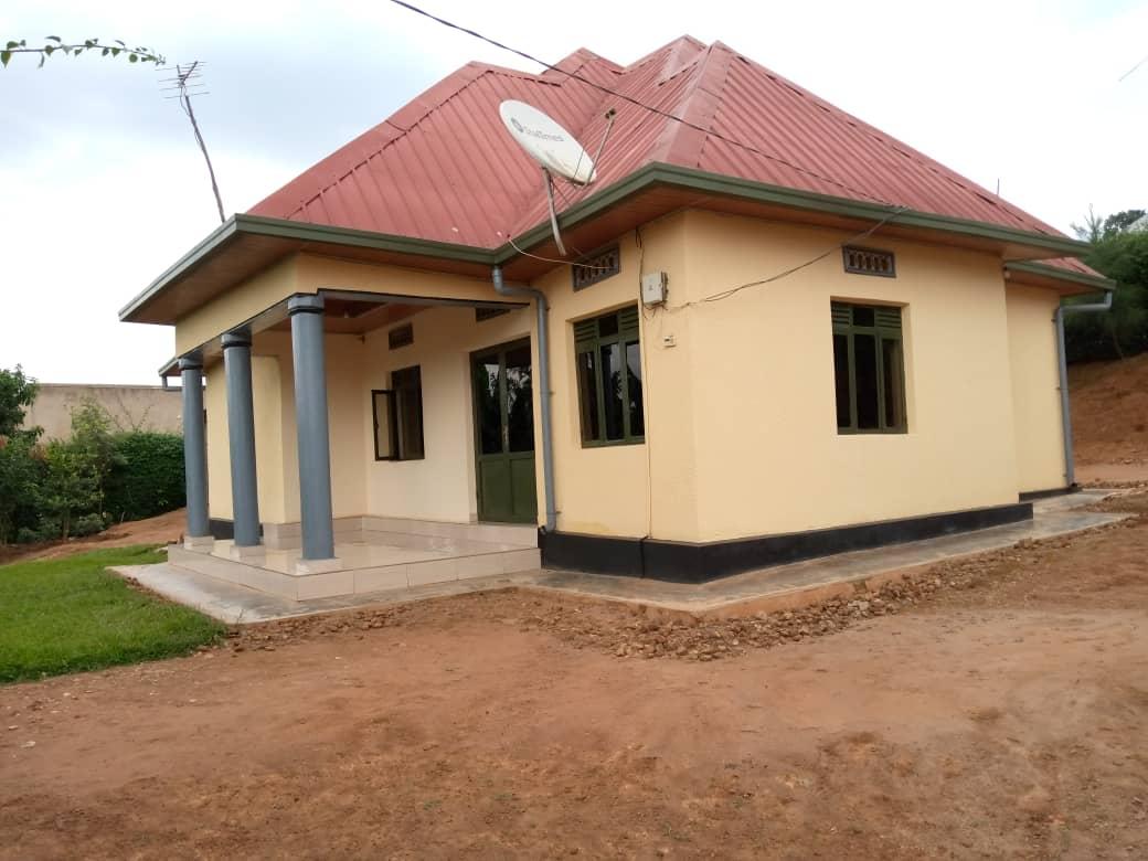 House for Sale, Kabuga rugende, Price: 33 Million