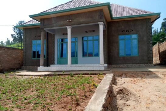 House For Sale, Location; Kabuga kumafarashi, Price: 33, 000, 000Frw