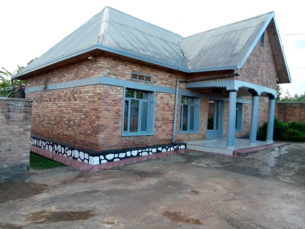 House for sel, rusororo kabuga, Price: 26 M,ikibanza kinini 25/35