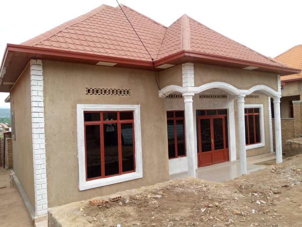 House For Sale, Location; I Masaka, Price: 37,000,000frw