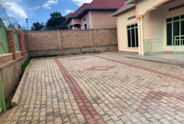 House For rent, Location; Masaka Gako Cyugamo kuri kaburimbo, Price : 250,000frw