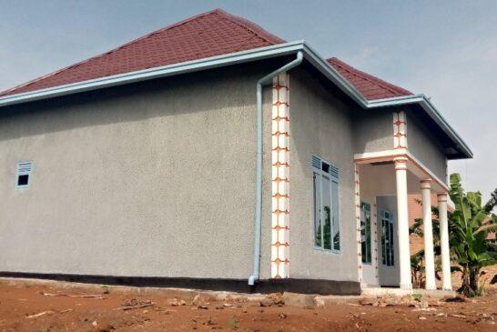 Inzu igurishwa Rugende :House for Sale, Location: Rugende ku mafarashi, hafi ya kaburimbo, Best Price: 27,000,000frw
